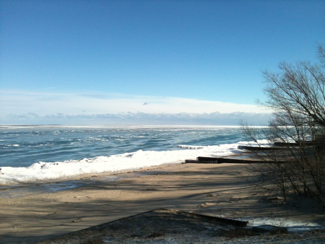 Lake Huron January 2013. BlackburnNews.com (Photo by Melanie Irwin)