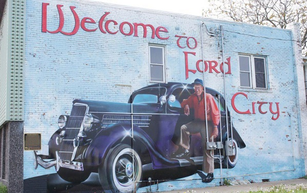 Photo courtesy of the Ford City Renewal Facebook page.