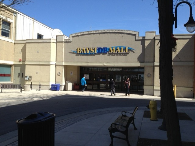 Bayside Mall Sarnia (Blackburnnews.com File Photo)