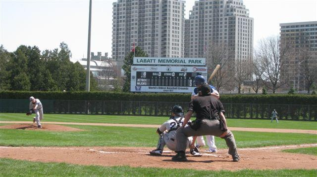 Majors play at Labatt Park