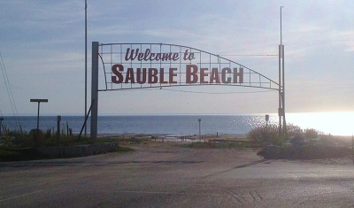 Sauble Beach sign - spring