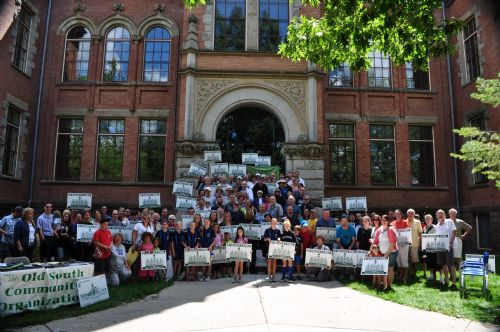 Photo of members of the Old South Community Association submitted to the Canadian Institute of Planners.