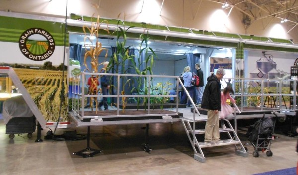 "The Grain Farmers of Ontario interacive ""Growing Connections"" exhibit unveiled at the Royal Agricultural Winter Fair"