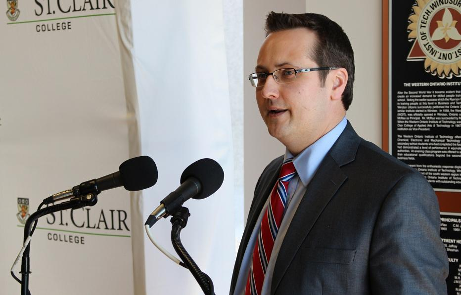 Windsor City Councillor Irek Kusmierczyk speaks at St. Clair College, February 13, 2014.