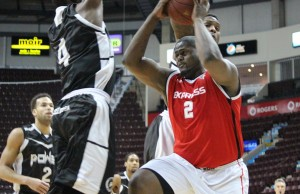 Windsor Express' DeAndre Thomas cuts to the basket, March 4, 2014.