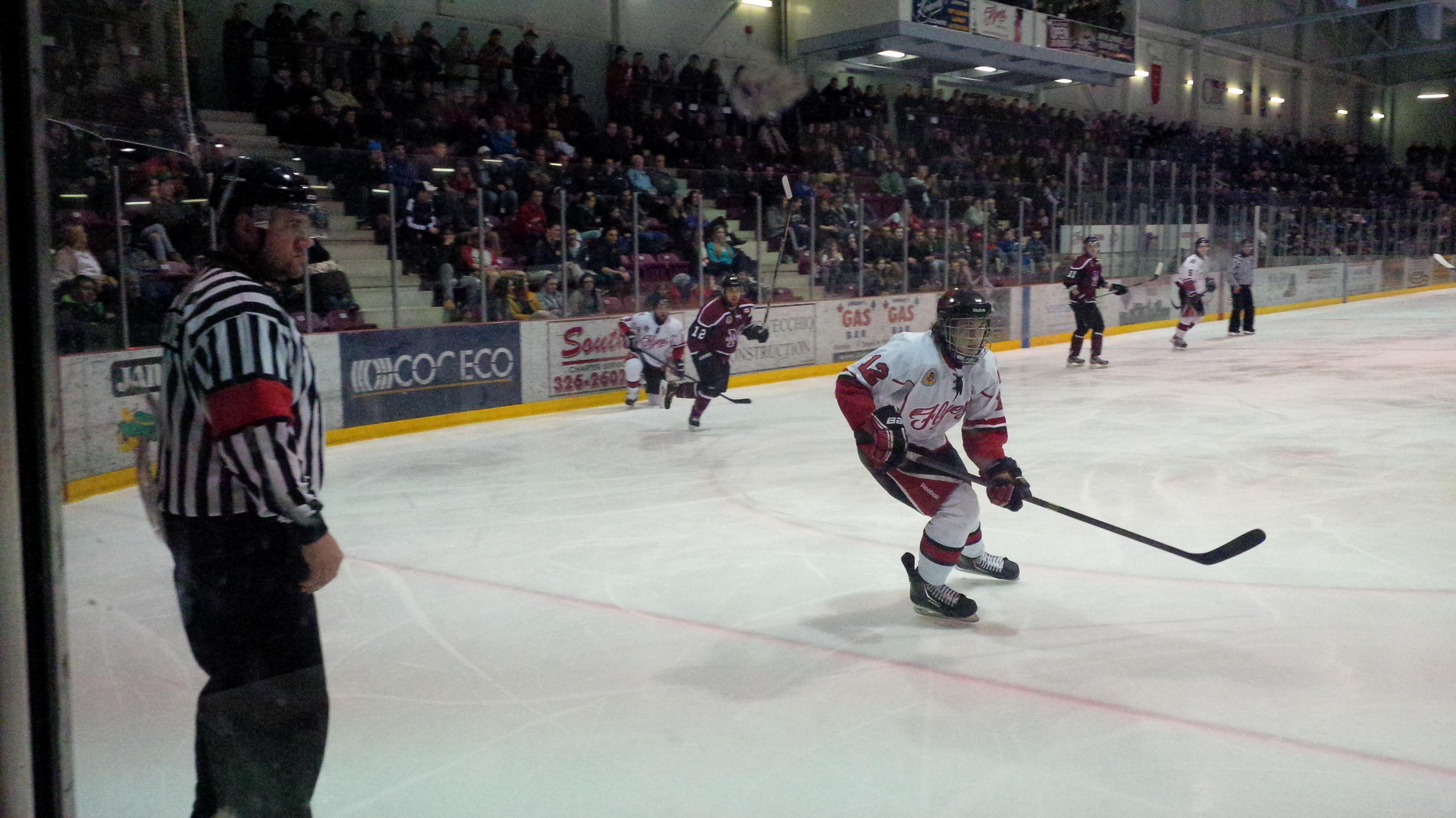 The Leamington Flyers host the Chatham Maroons in Game 1 of the GOJHL West Final on March 27, 2014. (Photo by Ricardo Veneza)