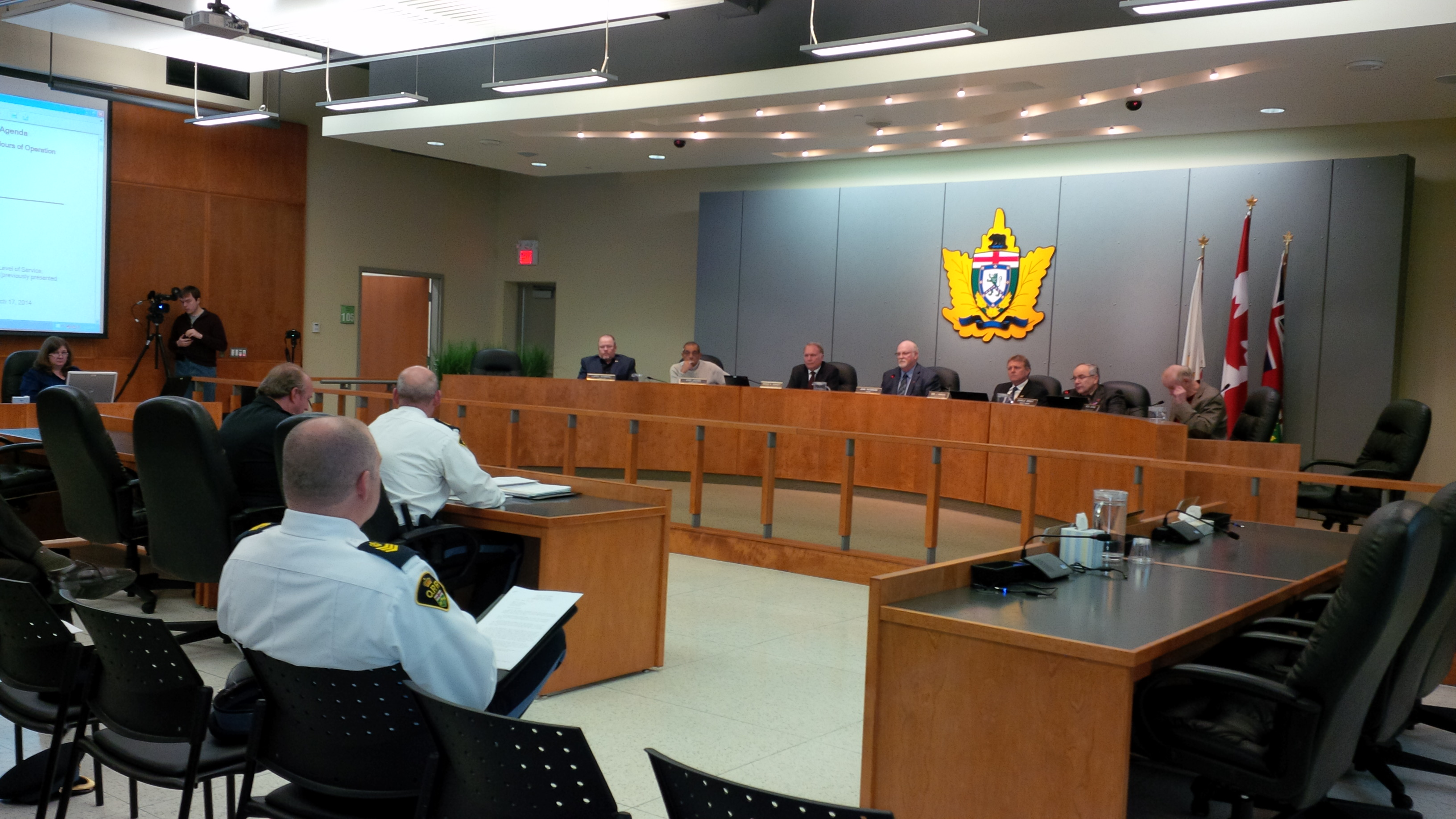Leamington Council holds a special meeting to discuss operating hours for local OPP station on March 31, 2014. (Photo by Ricardo Veneza)