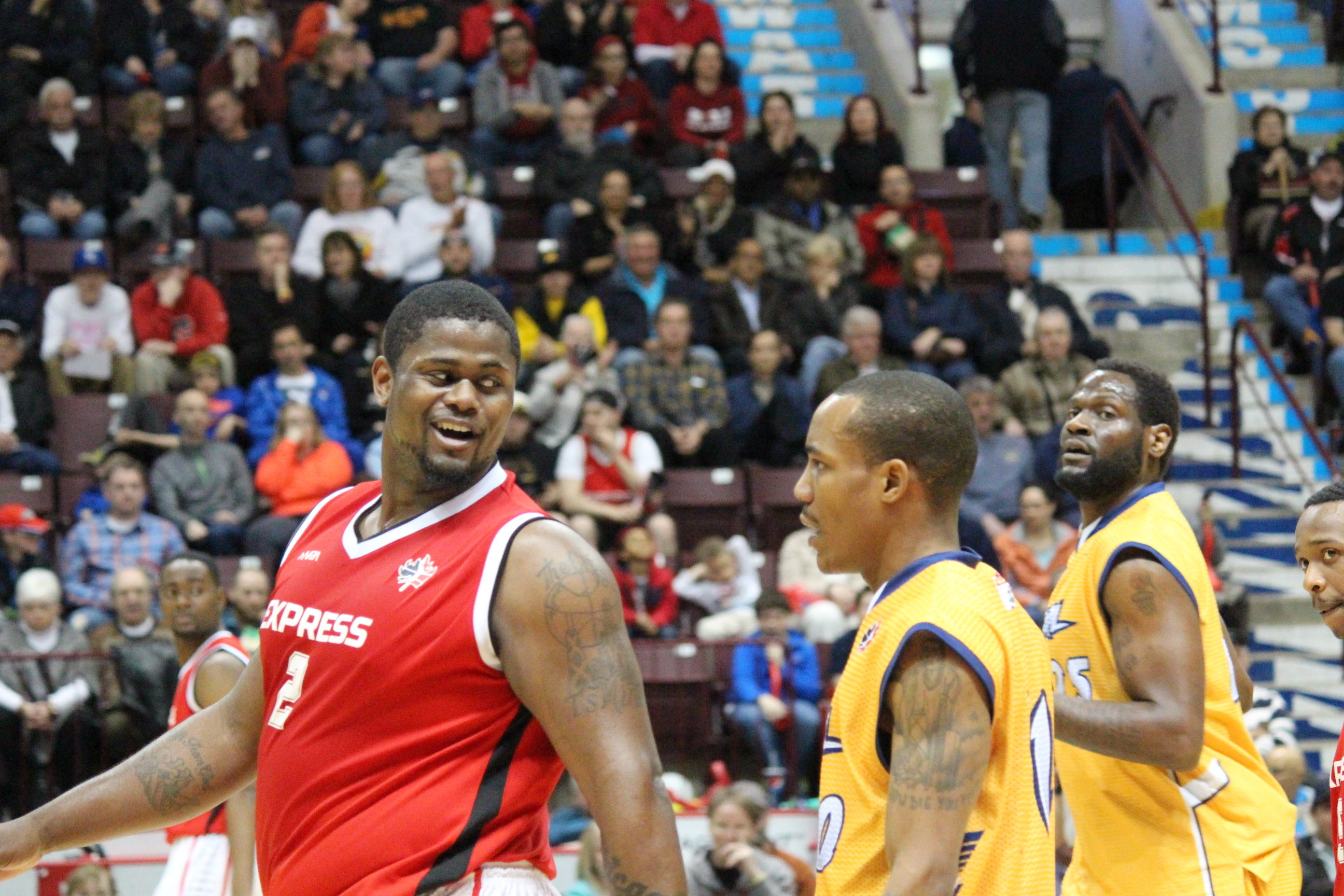 The Windsor Express host the Island Storm in Game 2 of the NBL Canada Finals on April 6, 2014 (Photo by Ricardo Veneza)