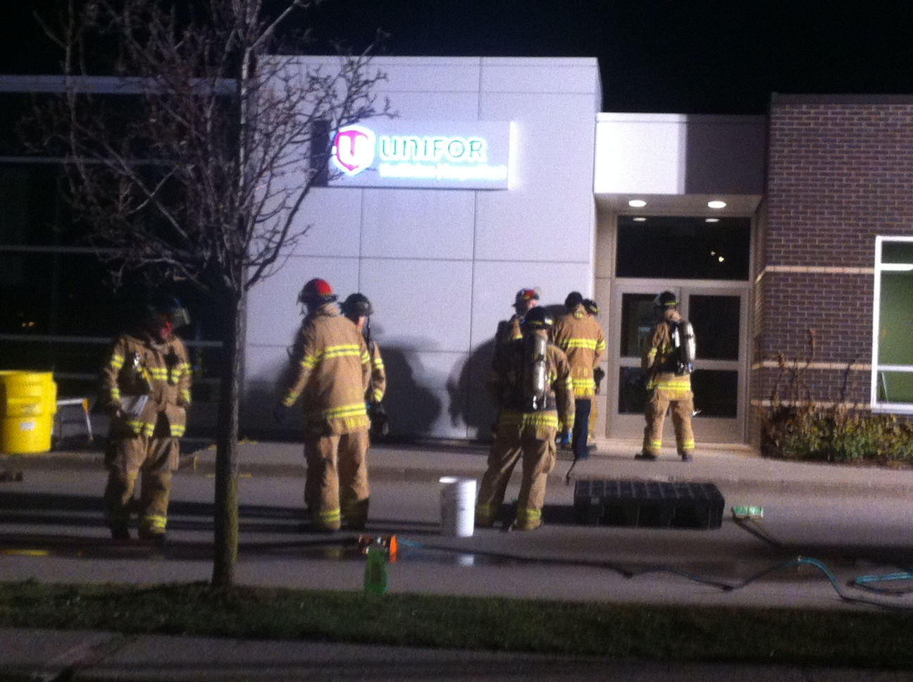 Firefighters attend the Unifor office at Pine Valley Blvd. in London in response to a suspicious package, April 16, 2014. (Photo by Scott Kitching)
