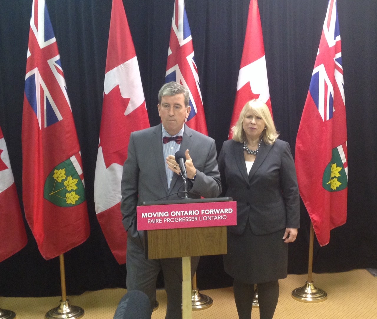 transportation minister, glen murray, parkway, construction, andrea horwath, apology, windsor, essex county, london
