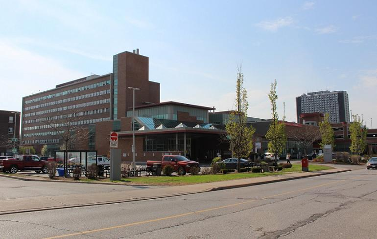 Windsor Regional Hospital Ouellette Campus. (photo by Mike Vlasveld)