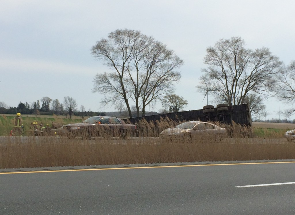 Hwy 401 Crash, Mull Rd