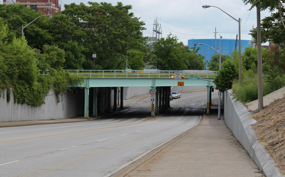 Drouillard Rd. underpass at Wyandotte St. E in Windsor. (Photo by Maureen Revait)