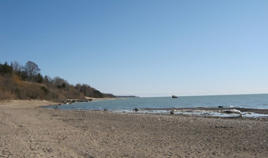 Lake Huron beach (BlackburnNews.com file photo)