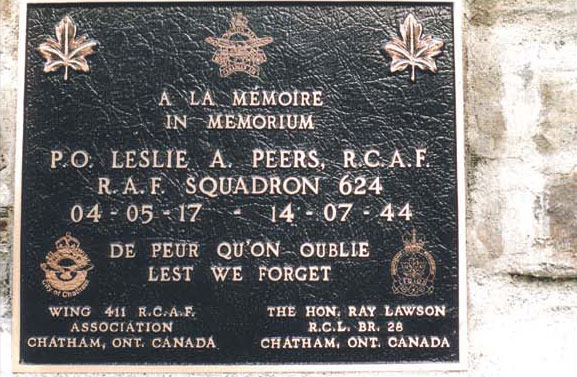 Plaque marking the site where pilot Leslie Peers crashed in WWII (Photo courtesy maquis-nistos-esparros.chez-alice.fr)