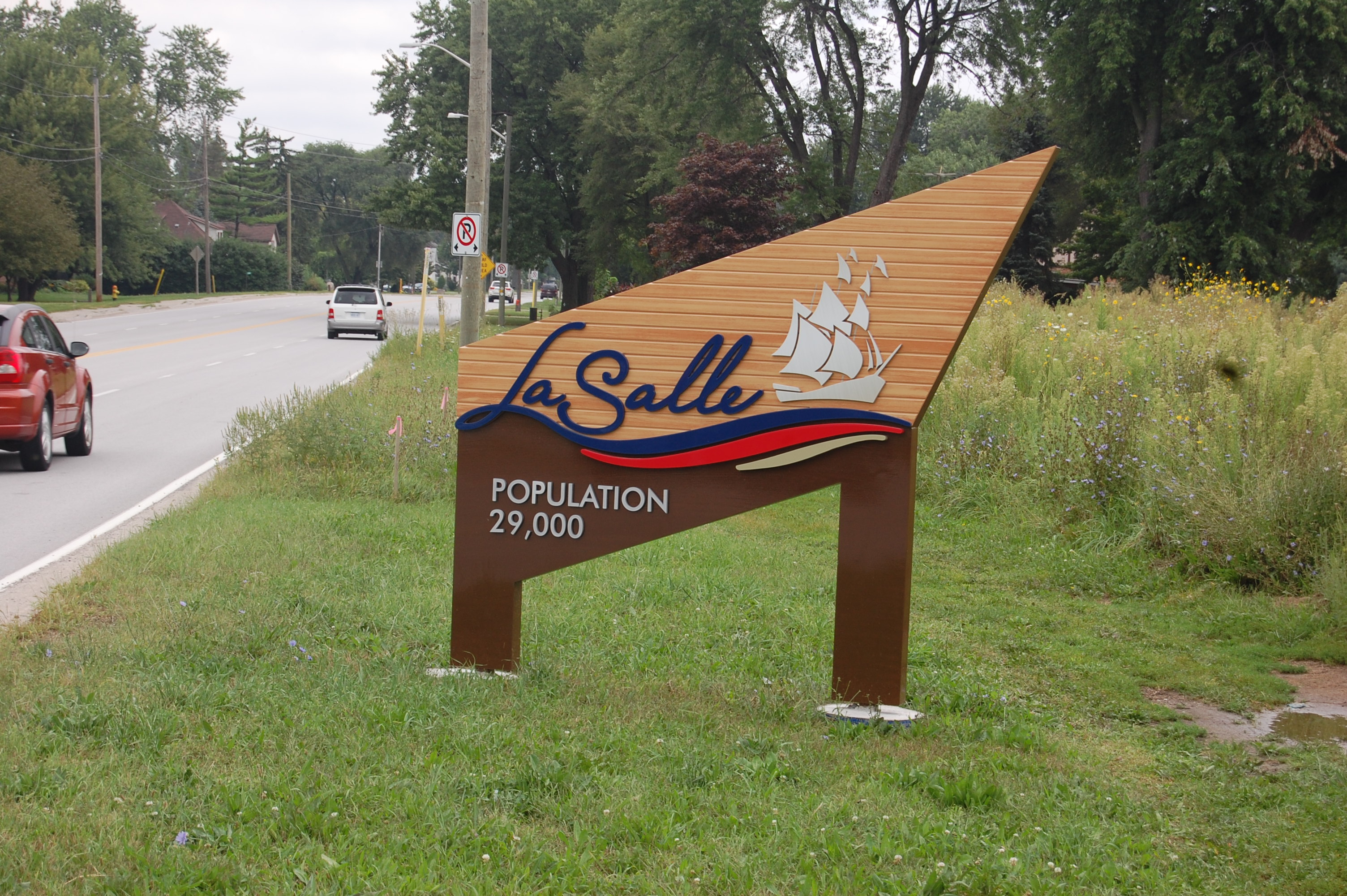 Population sign in LaSalle, Ontario. (BlackburnNews.com file photo)
