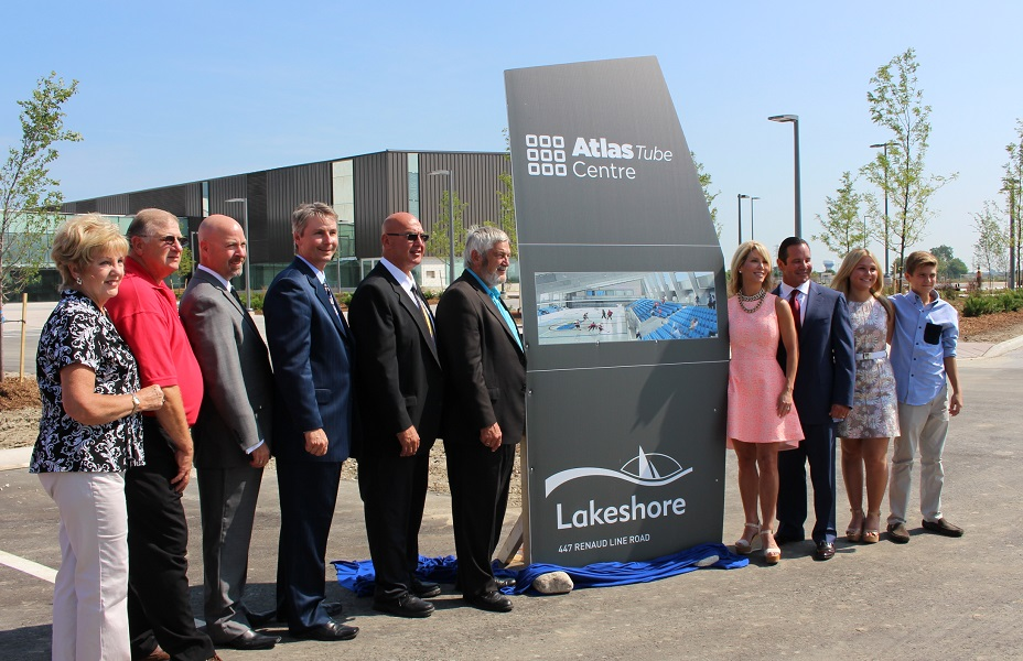 Lakeshore Council with the Zekelman family announce the new name for the new multi-use recreation facility. (Photo by Maureen Revait)