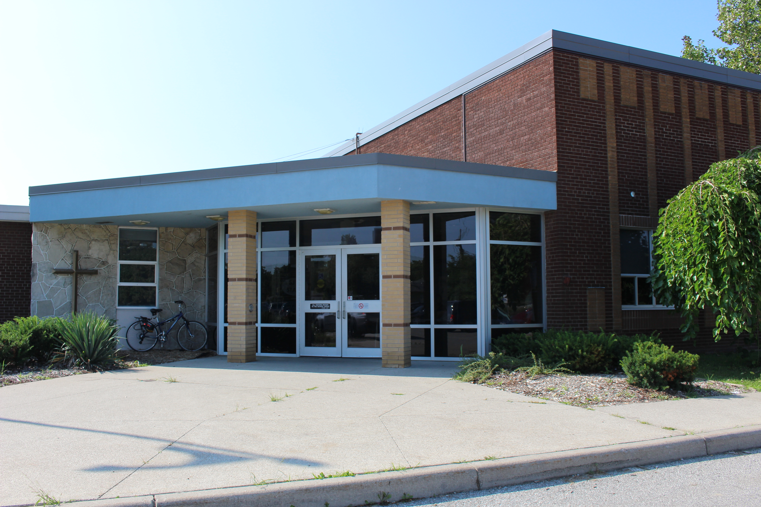 St. John Vianney Catholic School in Windsor, August 25 2014. (Photo by Adelle Loiselle.)