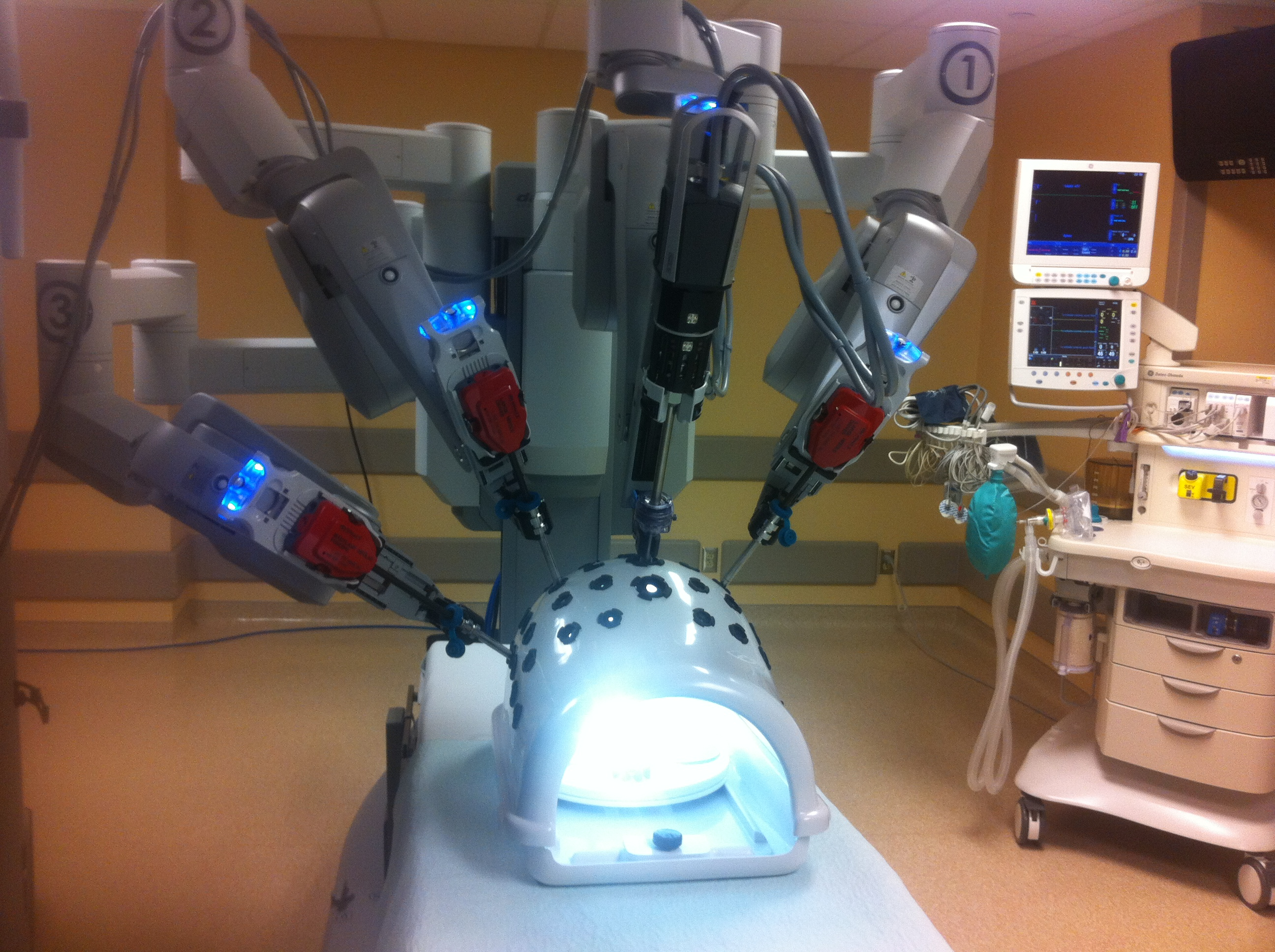 Windsor Regional Hospital's new Da Vinci machine. (Photo by Adelle Loiselle.)
