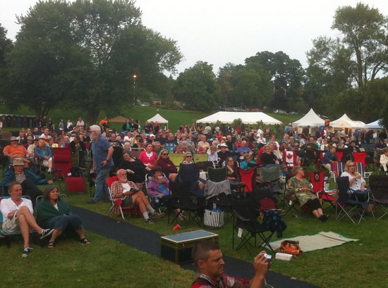 Crowds gather at Lakeside Park. August 8 2014. (Photo by Kevin Black.)