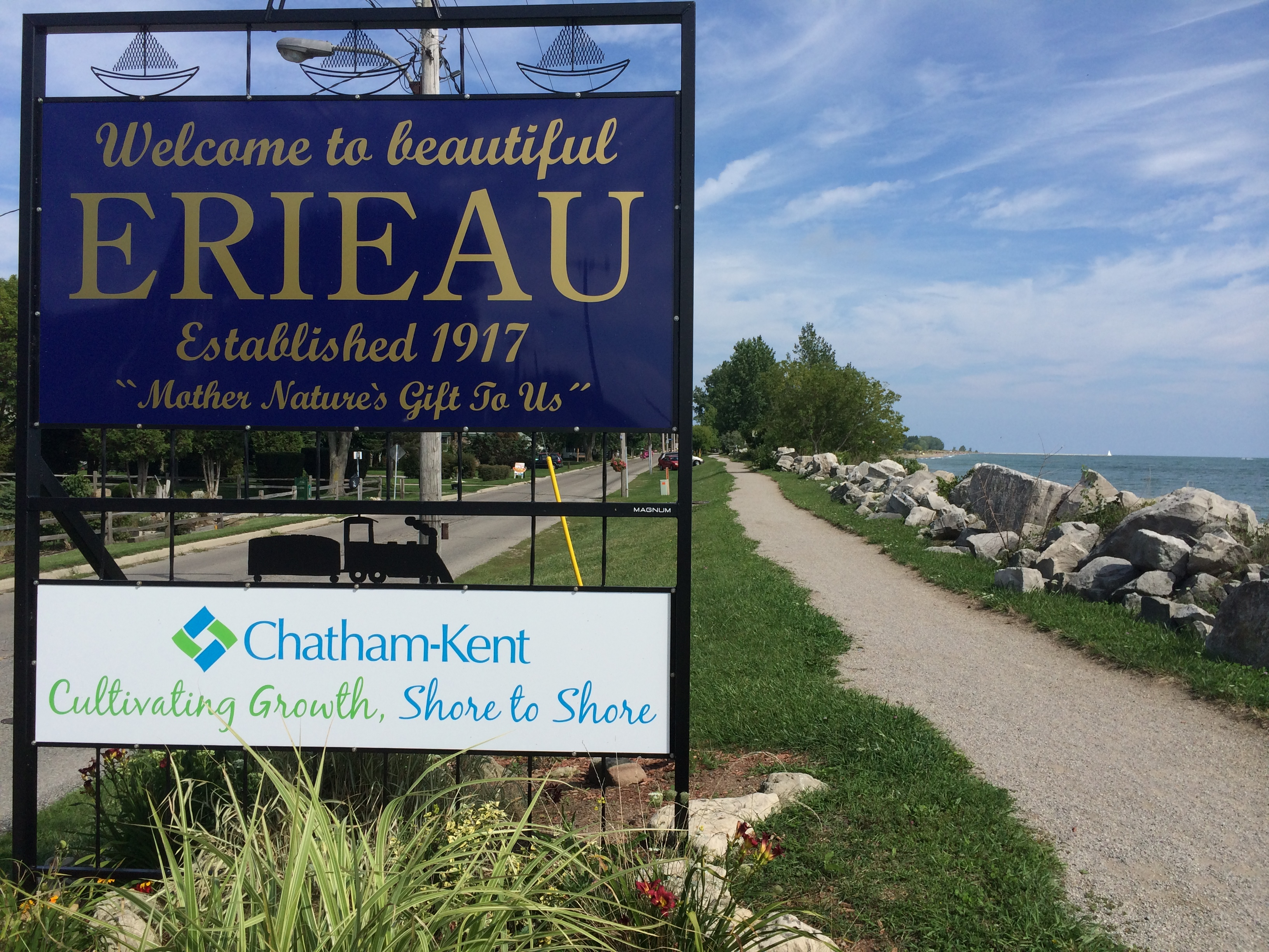 The Erieau welcoming sign is seen in this photo on August 24, 2014. (Photo by Ricardo Veneza)