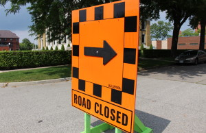 A road closed sign. (Photo by Adelle Loiselle.)