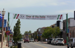 A banner over Erie St. in Windsor advertising the Tour di Via Italia International Bicycle Races. (Photo by Adelle Loiselle.)