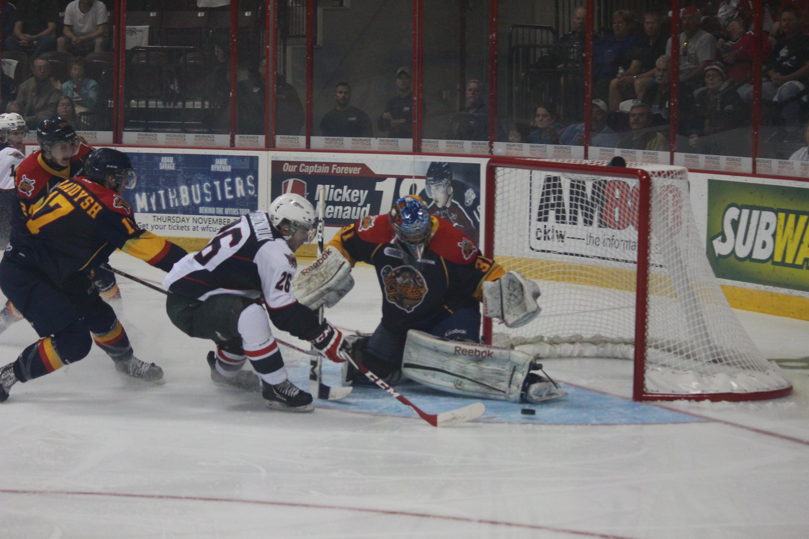 Windsor Spitfires lose 5-2 against the Erie Otters on September 26, 2014. (Photo by Jason Viau)