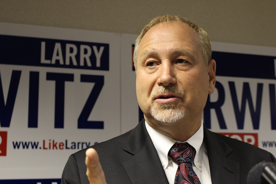 Windsor mayoral candidate Larry Horwitz presents his plan for job creation, infrastructure improvement and government accountability at a news conference September 18, 2014. (Photo by Maureen Revait)