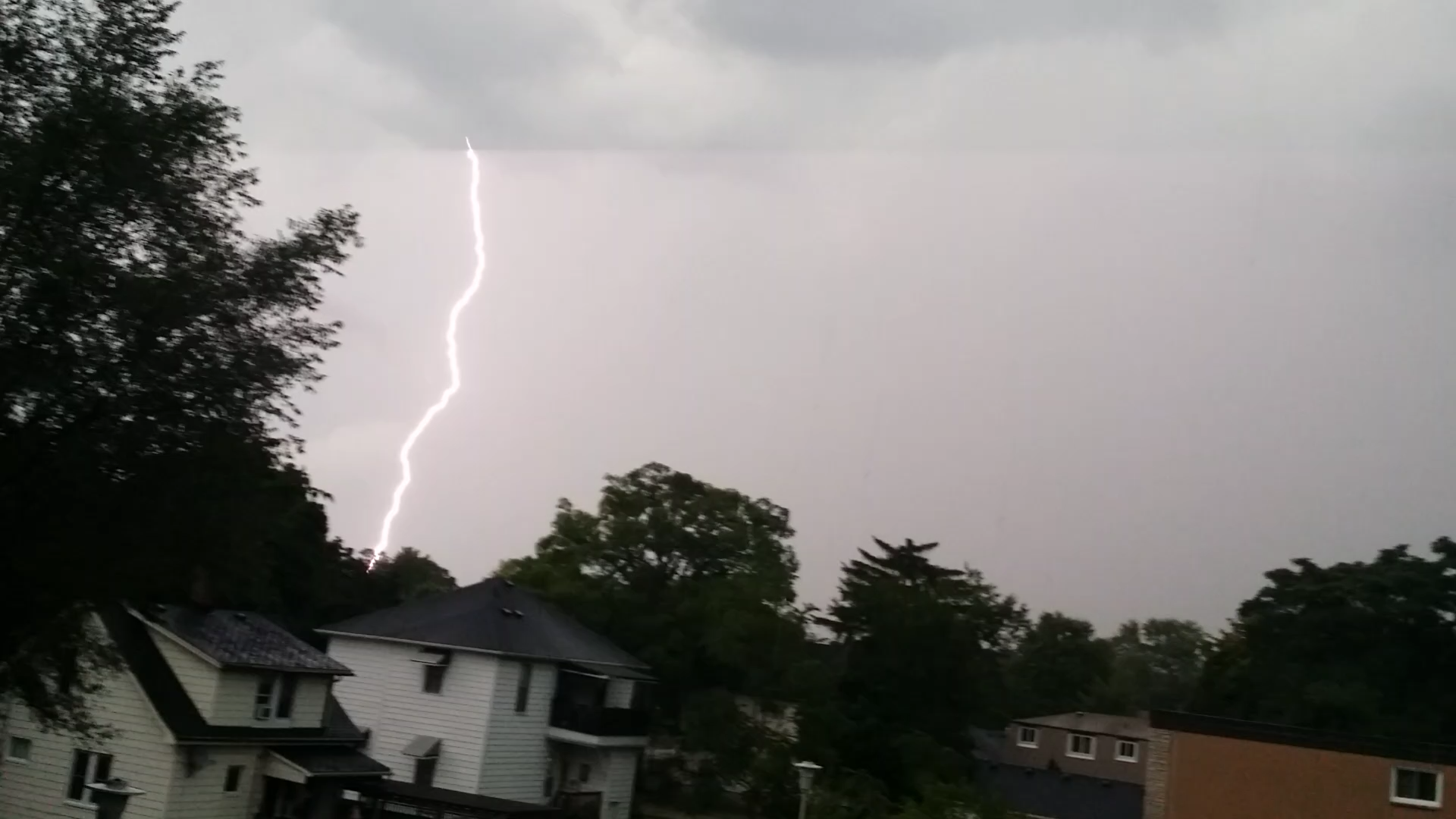 Intense lightning in Sarnia storms Sept 5, 2014 (photo courtesy of Patricia Lacroix)