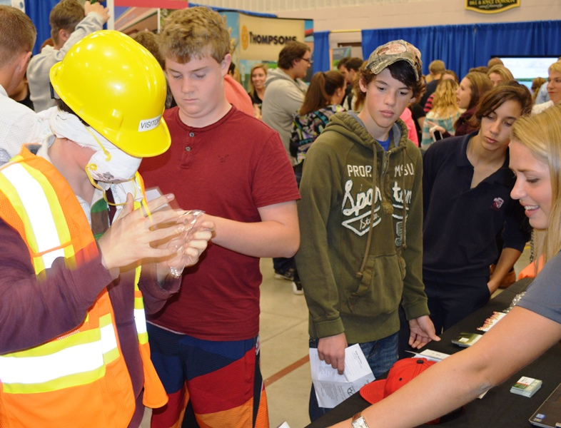 Students 2013 Huron Career Fair