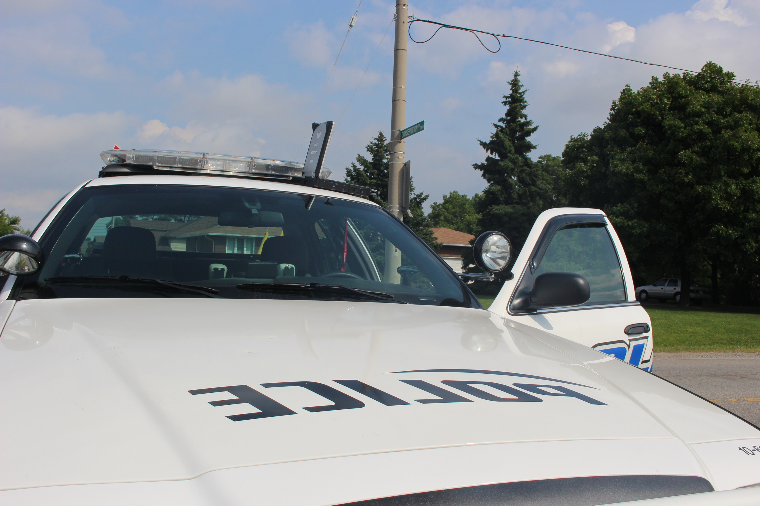 A Windsor police cruiser, September 1 2014. (Photo by Adelle Loiselle.)