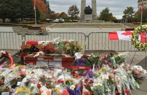 Near the War Memorial in Ottawa on Oct. 23, a day after the tragic shooting of a soldier.  Photo courtesy of Jason Rahn via Twitter.