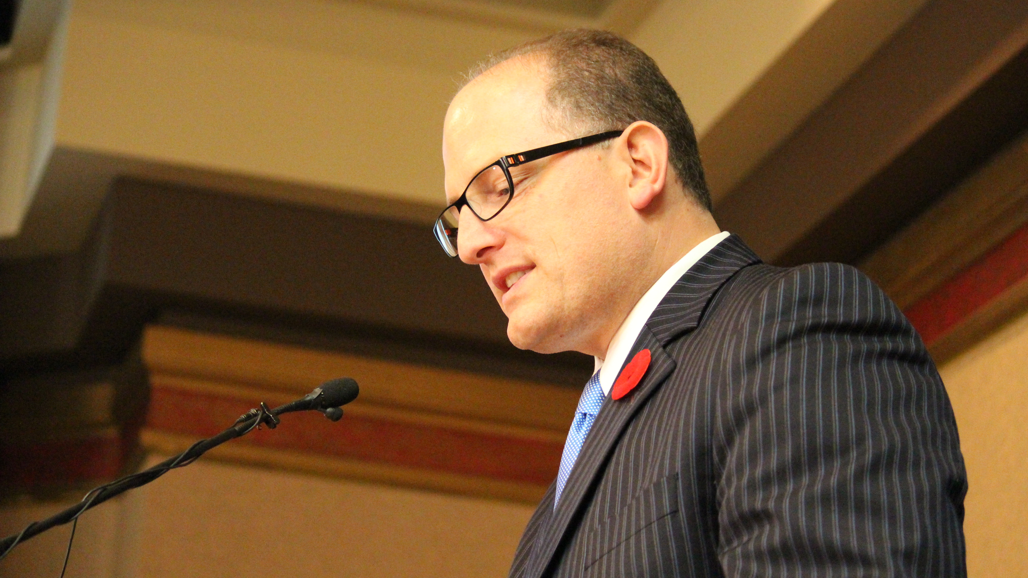 Mayor-elect Drew Dilkens speaks to supporters at the Caboto Club, October 27 2014. (Photo by Maureen Revait.)