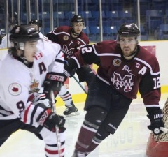 The Chatham Maroons take on the Sarnia Legionnaires, November 27, 2014. (Photo courtesy of Jocelyn McLaughlin)