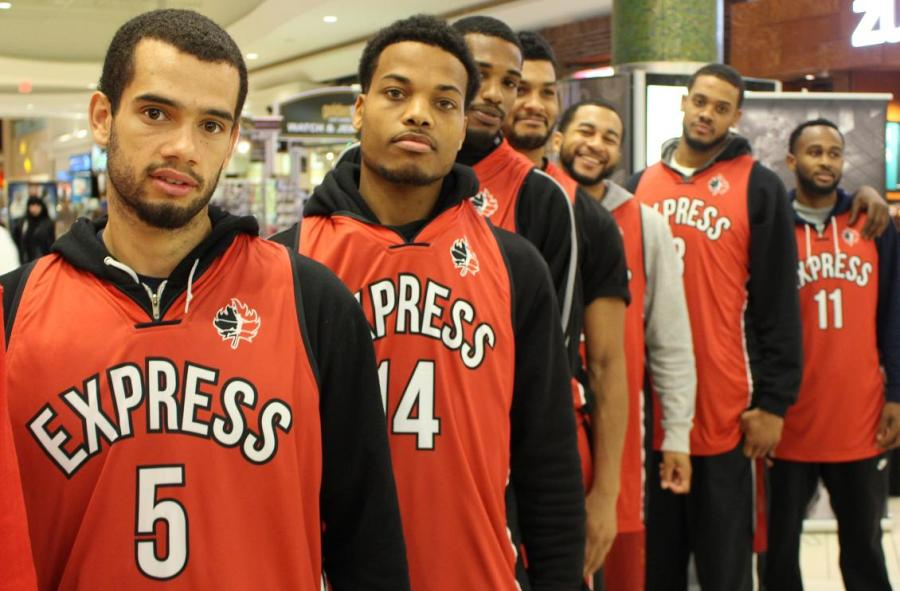 The 2014-2015 Windsor Express unveil their new look for the season at the Devonshire Mall. (photo by Mike Vlasveld)