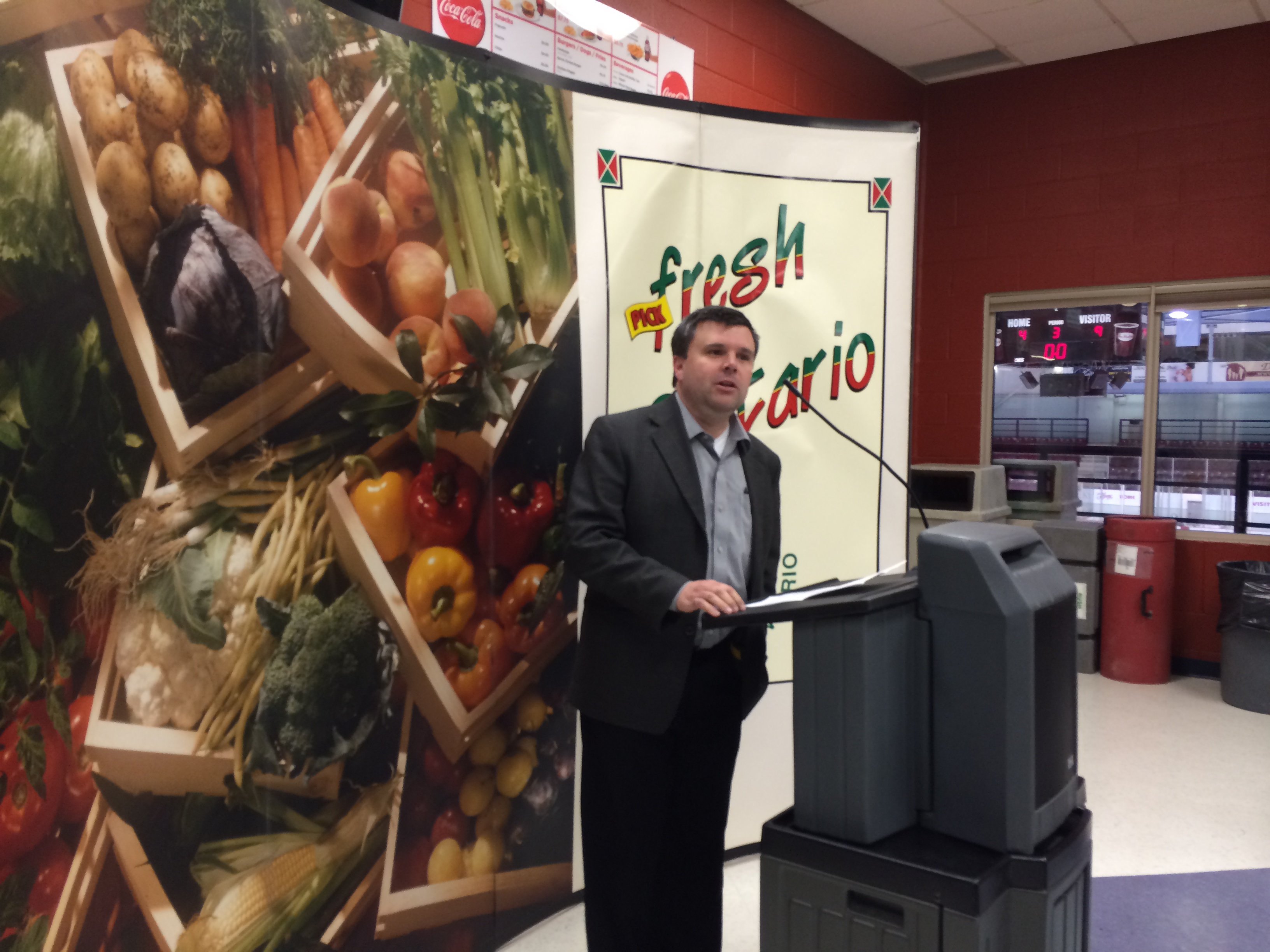 Highbury VP John Krueger speaks at the Leamington Kinsmen Recreation Complex as part of the Southwestern Ontario Horticultural Expo on November 18, 2014. (Photo by Ricardo Veneza)