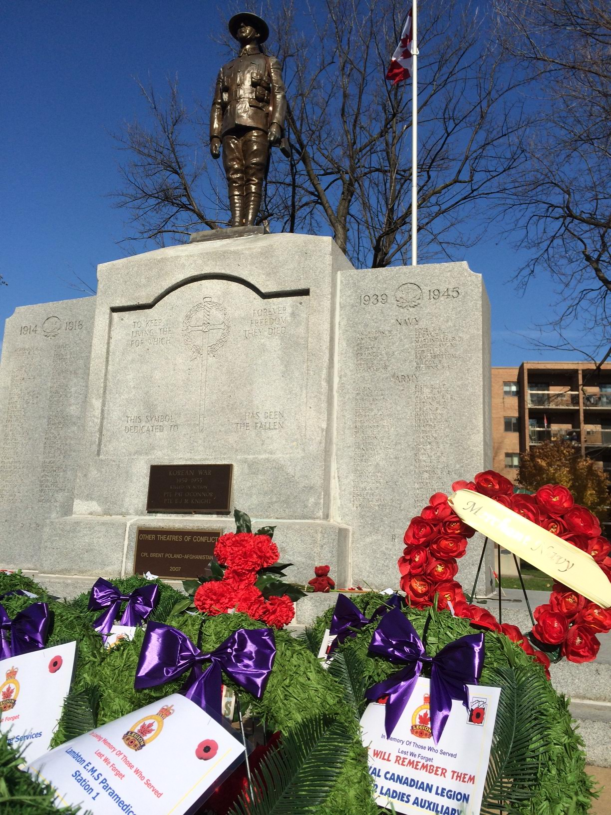 Remembrance Day ceremony at Sarnia's Veterans Park. November 11, 2014 (BlackburnNews.com photo)