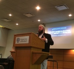 Mohammed Robert Heft, de-radicalization and counter-terrorism expert, speaking as a panelist at the Violent Radicalization and its Impact on Muslim forum hosted by Windsor Muslim Students' Association at the University of Windsor on November 26, 2014. (Photo by Ricardo Veneza)