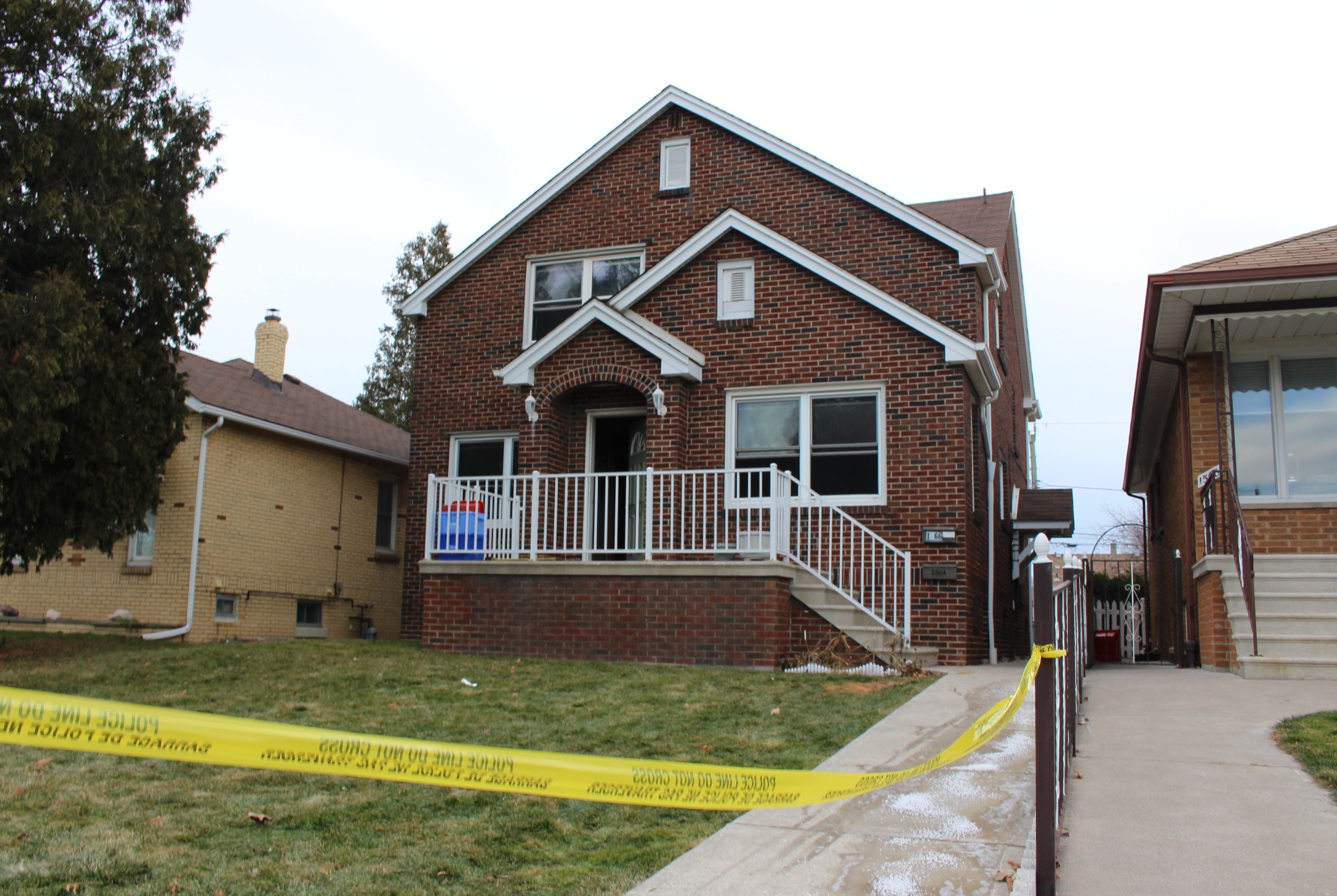 The duplex at 1566 Benjamin Ave., where Windsor police are investigating a death, December 11, 2014. (photo by Mike Vlasveld)