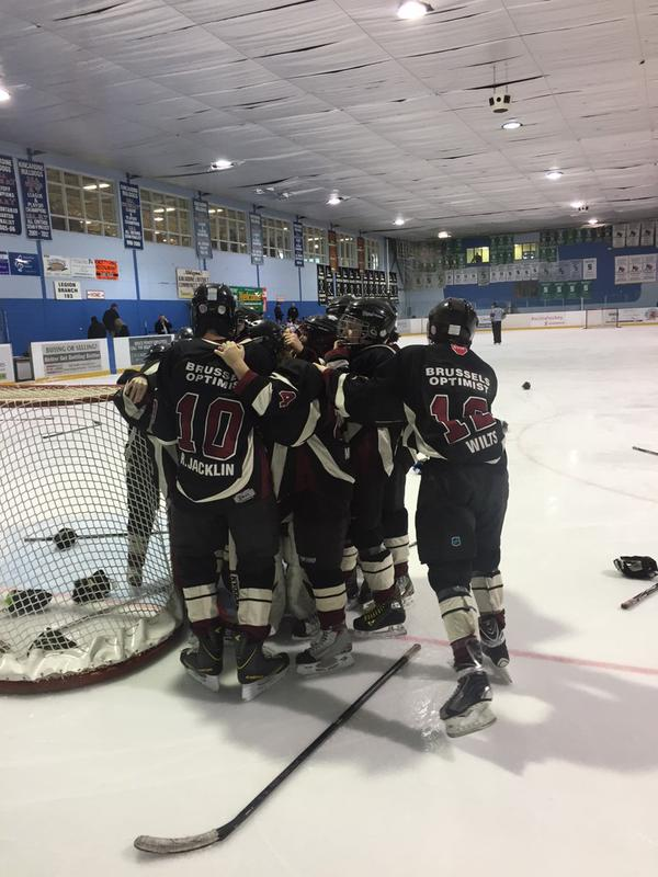 chatham kent cougars pee wee Northern cougars capture 2014-2015 female midget north saanich beat out chatham-kent over 60 new skaters from tyke to pee wee came out to skate with the.