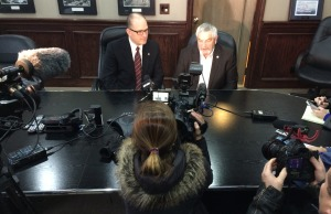 Windsor mayor Drew Dilkens officially meets with Essex County warden Tom Bain for the first time. (Photo by Jason Viau)
