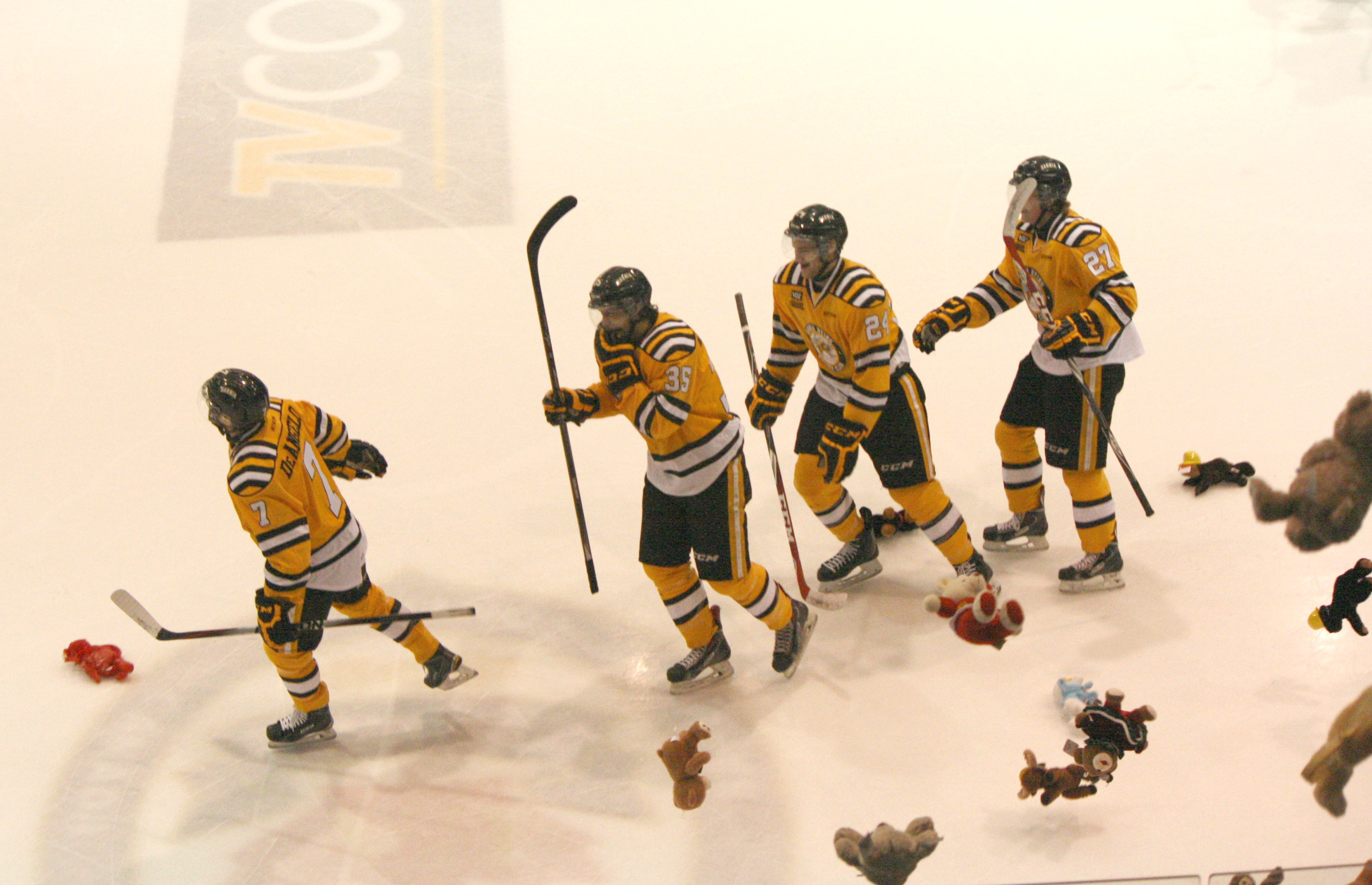 Stuffed toys come raining down as Anthony DeAngelo and the Sting celebrate Dec 7, 2014 (BlackburnNews.com photo by Dave Dentinger)