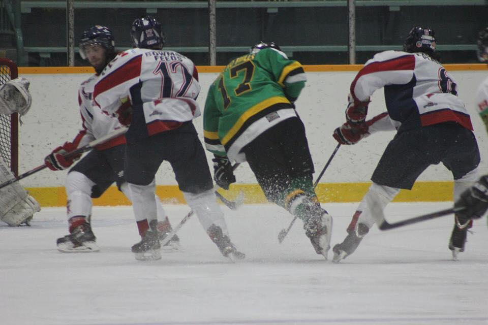 The Wallaceburg Lakers take on the Wheatley Sharks, January 14, 2015. (Photo courtesy of Jocelyn McLaughlin)