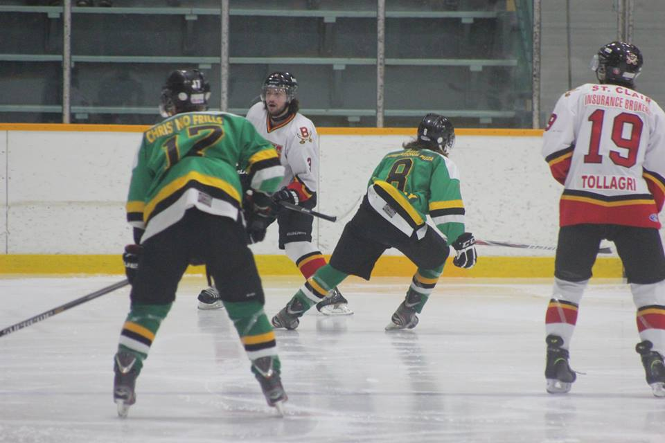The Wallaceburg Lakers face off against the Blenheim Blades, January 21, 2015. (Photo courtesy of Jocelyn McLaughlin)