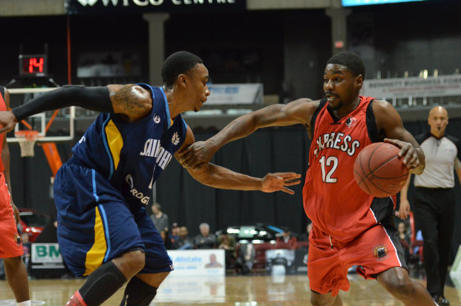 The Windsor Express take on the Saint John Mill Rats, January 10, 2015. (Photo courtesy of the Windsor Express)
