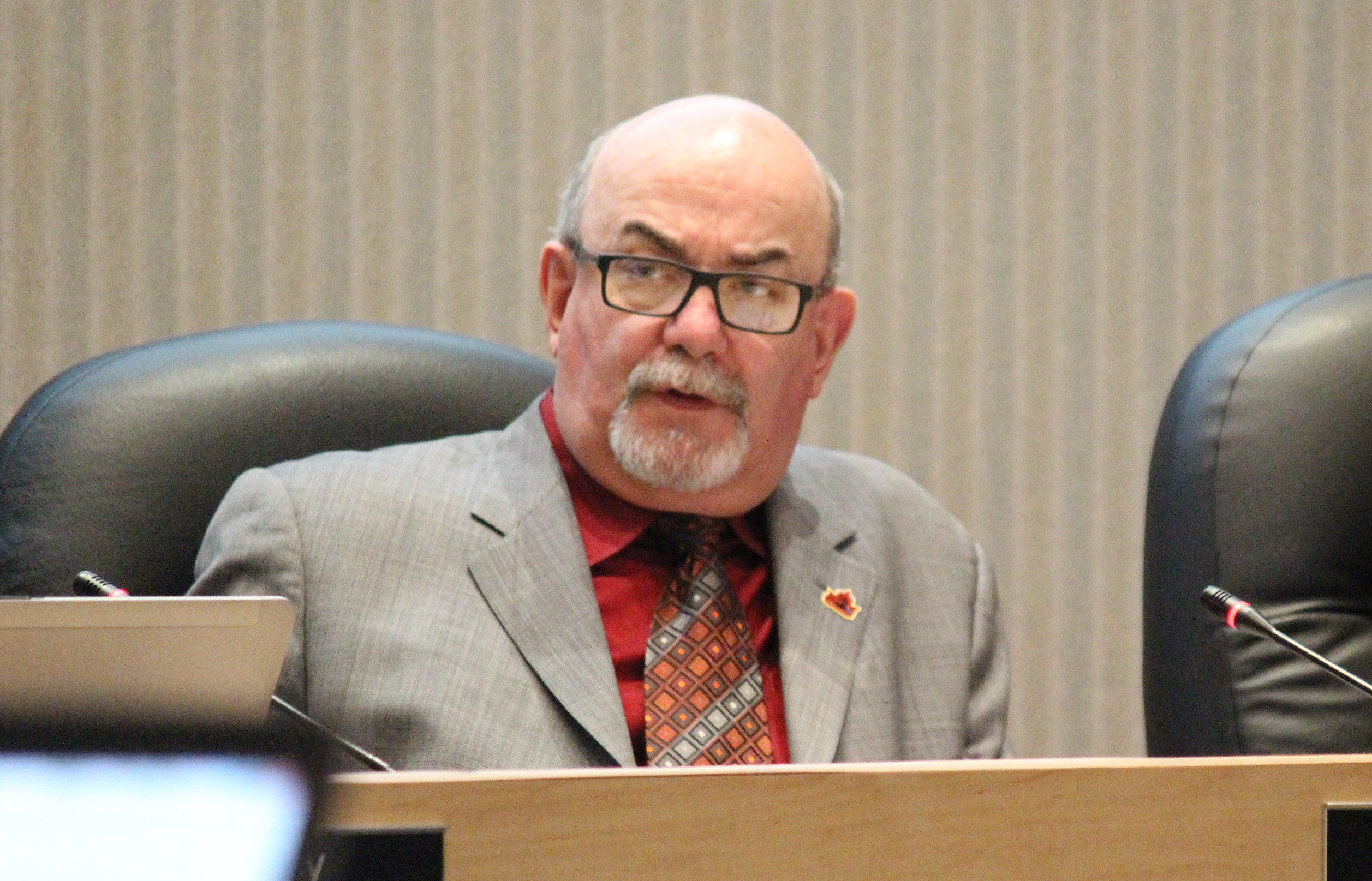 Tecumseh Mayor Gary McNamara at town council, January 26, 2015. (Photo by Mike Vlasveld)