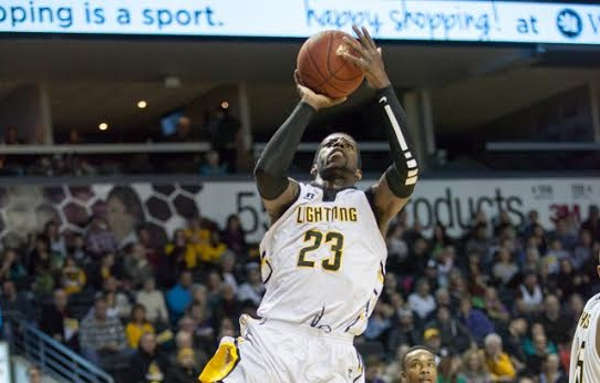 The London Lightning battle the Saint John Mill Rats, January 11, 2015. (Photo courtesy of KMontgomery via the London Lightning)