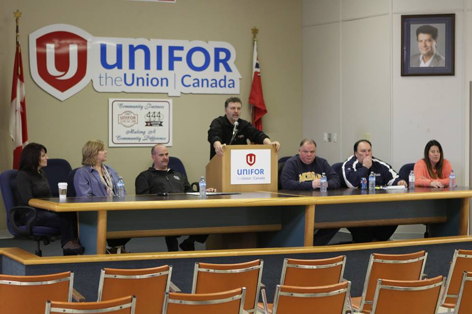 Members of Local 444 Unifor in Windsor hold a vote for a strike mandate. (Photo courtesy of Local 444 Unifor via Facebook)
