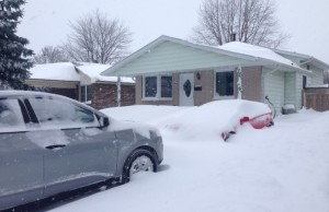 Sarnia Lambton residents dig out after a major winter storm dumped 30 cm of snow. February 2, 2015 (BlackburnNews.com photo by Melanie Irwin)